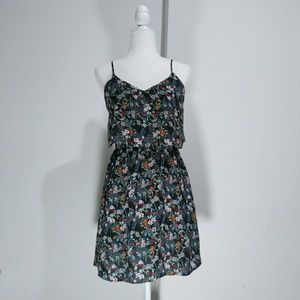 H&M Divided floral print dress built-in swing tops